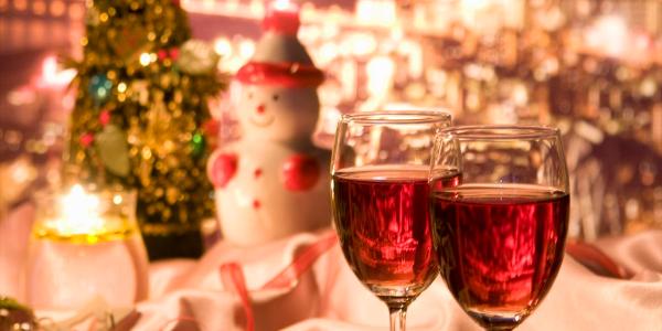 クリスマス ワイングラス2つ